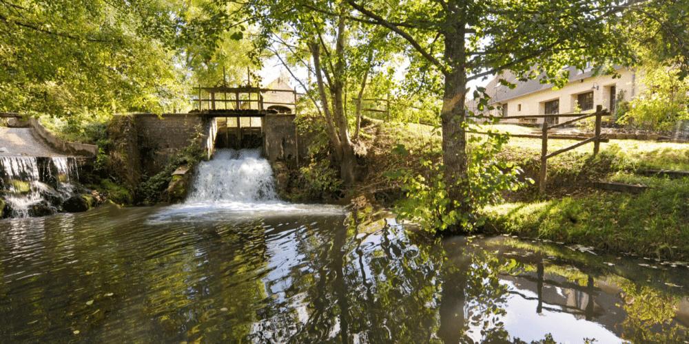 Déversoir eau Moulin de Gémages