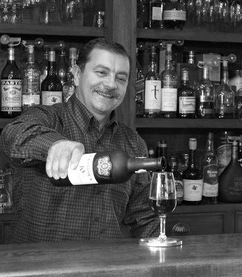 Nicolas Iannaccone bar